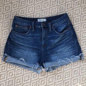 Madewell high-rise denim shorts- size 28